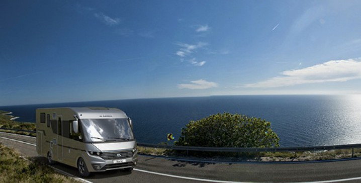 555x351_adria_ftp_photos_s18_motorhome_sonic_sonic_supreme_cover_webpage_crop_ls_sonic_group_6_bc30102_bc30113_12_imagesb
